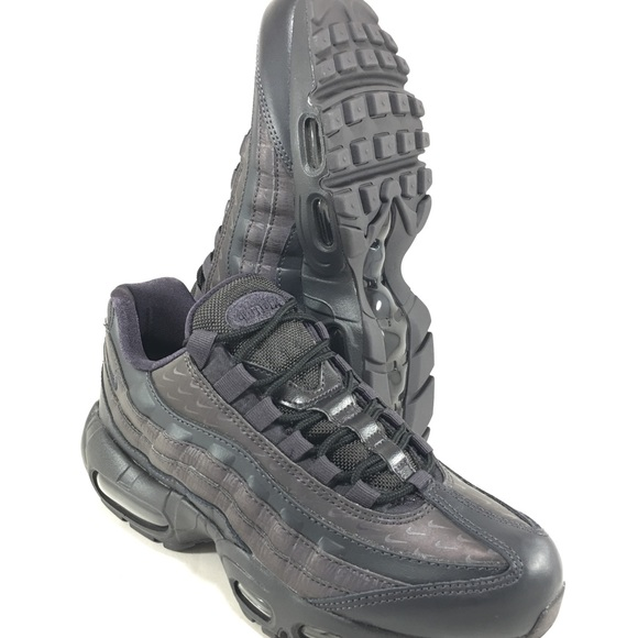more photos abfb2 95b03 Nike Air Max 95 Oil Grey Reflective Women's Shoes
